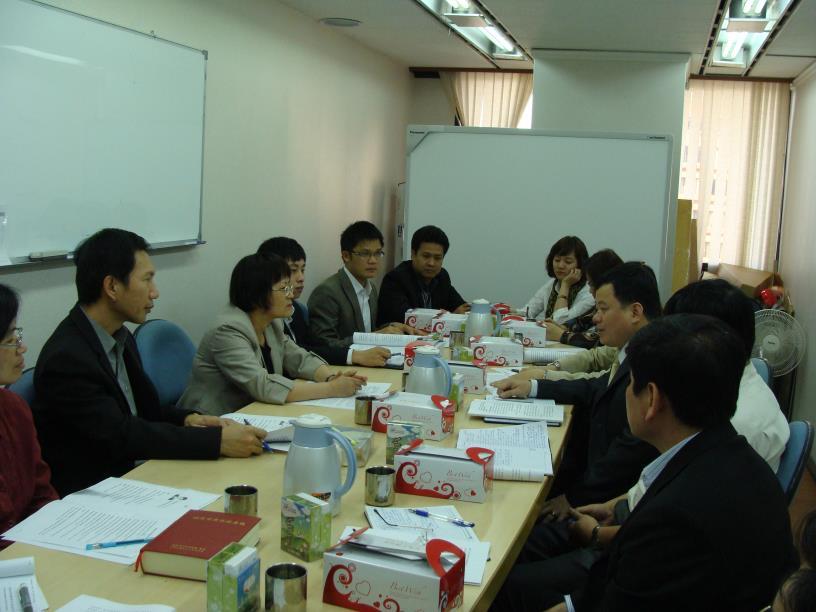 越南財政部稅務政策司阮司長友利等10人於3月27日拜訪本司瞭解土地建物管理政策