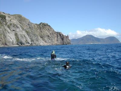 我國第一批領海基點實地檢測作業情形3(小蘭嶼)